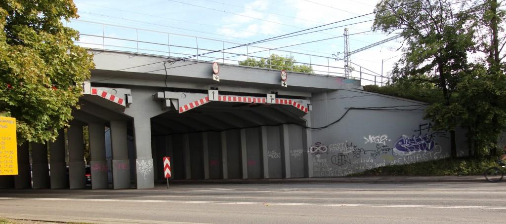 Paldiski maantee raudteeviadukt. 15.09.2017. Foto: Timo Aava