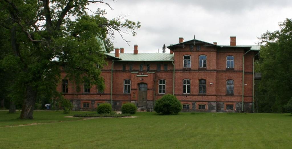 Kolu mõisa peahoone - eest  9.juuni 2009 Kadi Särgava