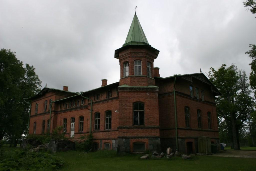 Kolu mõisa peahoone - tagant  9.juuni 2009 Kadi Särgava