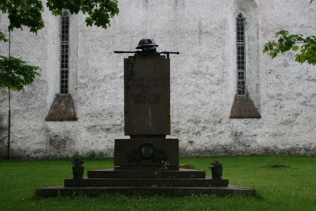 Vabadussõja mälestussammas Järva-Madises   10.juuni 2009 Kadi Särgava