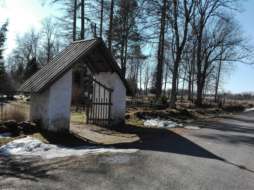 Järva-Madise kalmistu. Foto: K. Klandorf 04.04.2016.