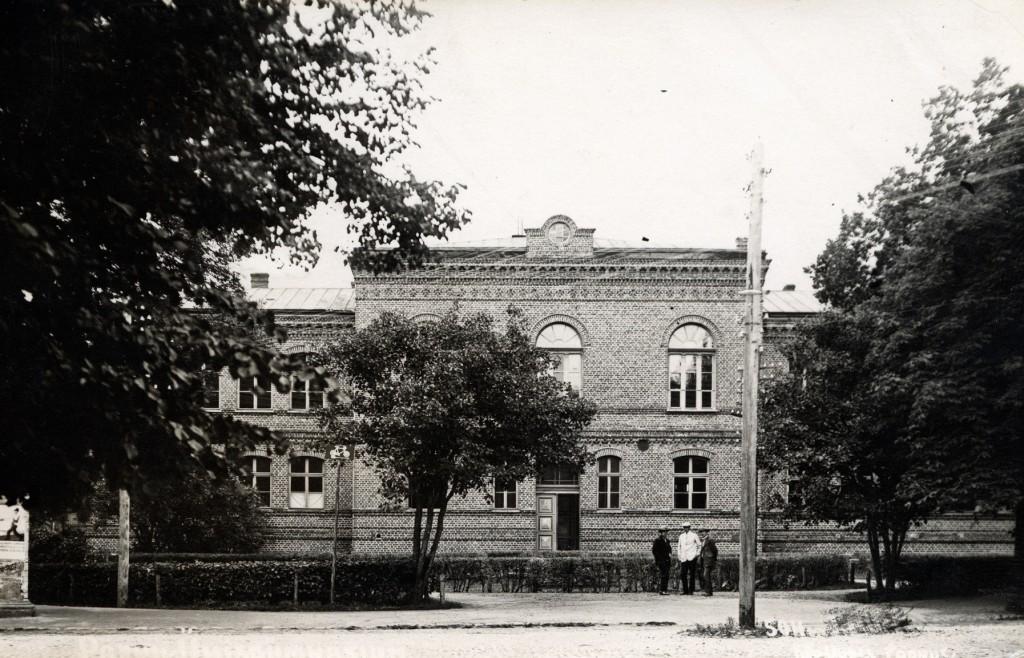 Vaade koolimajale 1930ndad Olaf Esna erakogu