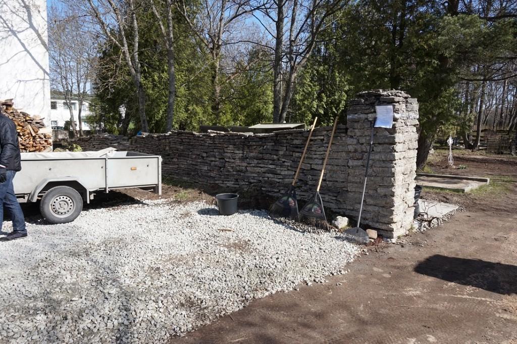 Pirita kalmistu väravamüür