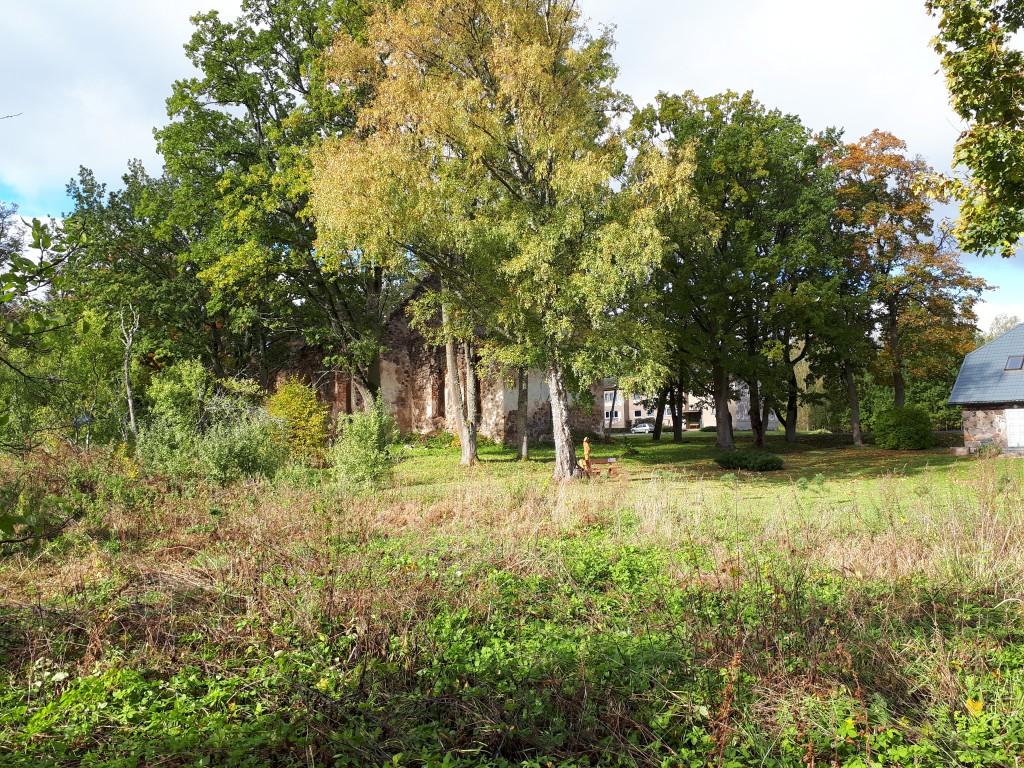 Karula kirikuaed ja pastoraadi park 04.10.2018. Foto Margis Sein