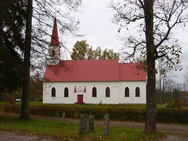 Saarde kirik    Autor Tarvi Sits    Kuupäev  11.09.2004