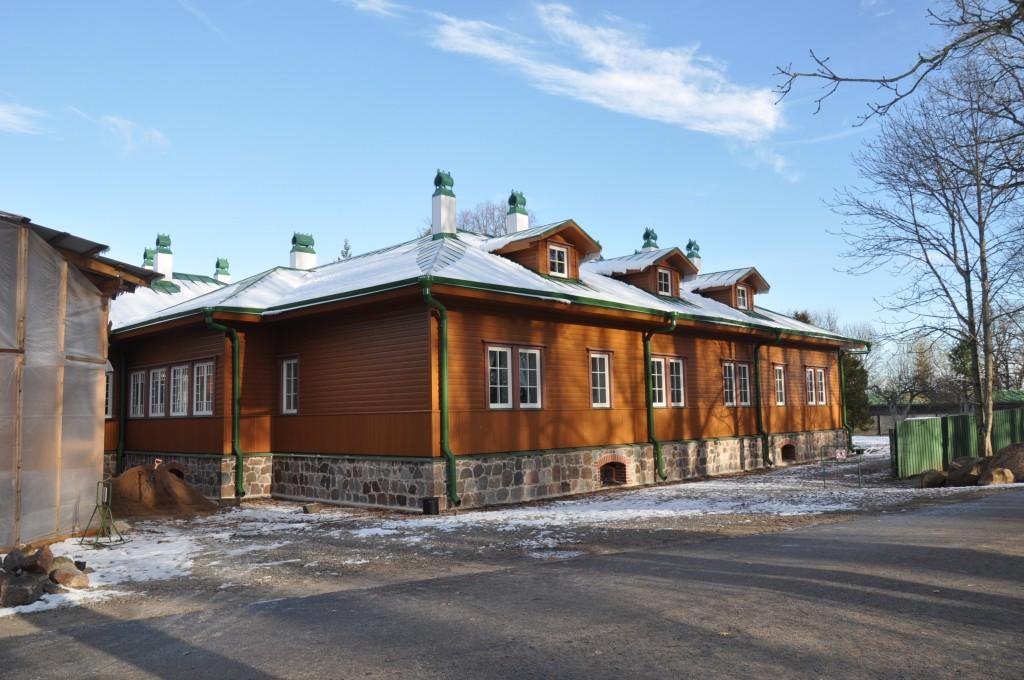 Kuremäe kloostri hooned, territoorium, piirdemüür, 1892-1910. Uusehitus Foto: Kalle Merilai 29.10.2018.a.