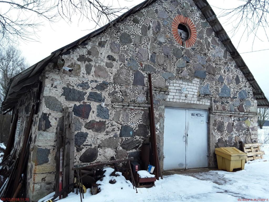 Vao mõisa saun. Foto: Raili Uustalu 30.12.2018. Vaade hoone otsaküljele edelast.