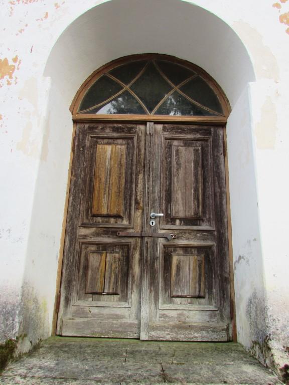 Ööriku kalmistu kabeli uks. Foto: Keidi Saks, 25.02.2019