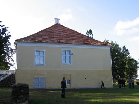 Vasta mõisa peahoone nr.16043 vaadel põhjast  Autor ANNE KALDAM  Kuupäev  15.09.2009