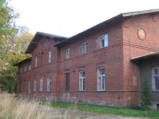 Veltsi mõisa peahoone 15767 vaade läänest /tagafassaadile/ pilt Anne Kaldam  29.09.2009