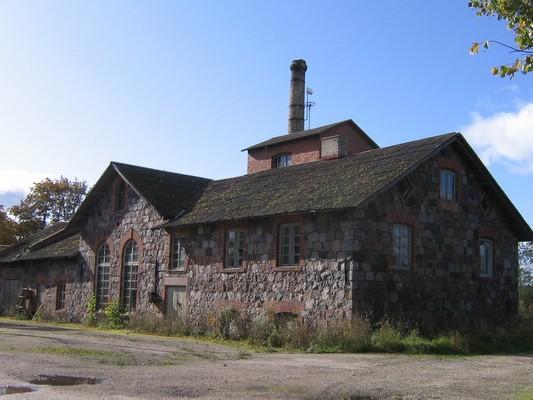 Veltsi mõisa viinavabrik 15772, vaade põhjast- põhja-ja  idapoolsele fassaadile. Anne Kaldam 29.09.2009