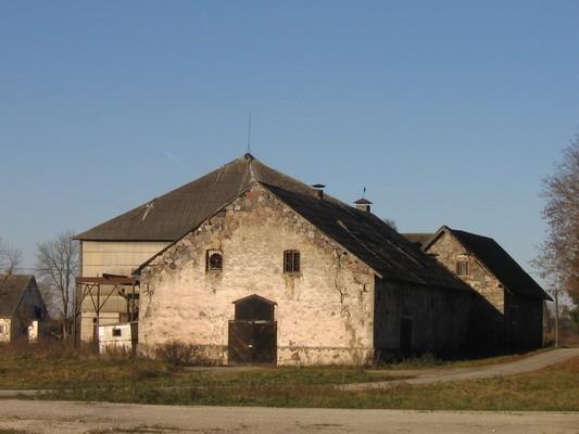 Porkuni mõisa ait-kuivati, reg. nr. 15864.vaade idast  pilt. Anne Kaldam aeg: 03 11.2009