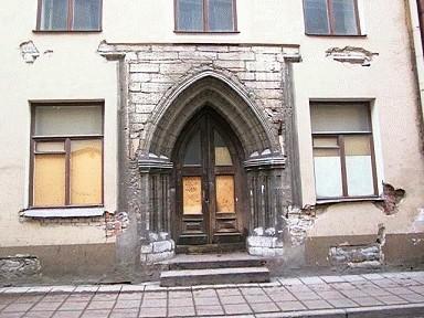 Elamu Suur-Karja t.12 portaal, 15.saj.