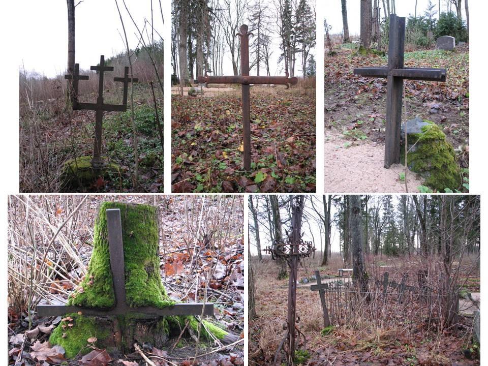 Hulja kalmistu, reg. nr 5766. Riste Hulja kalmistult. Foto: M.Abel, kuupäev 02.12.2009