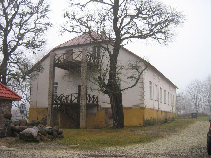 Holstre mõisa valitsejamaja vaade Mustla poolt 03.12.09 A.Kivi