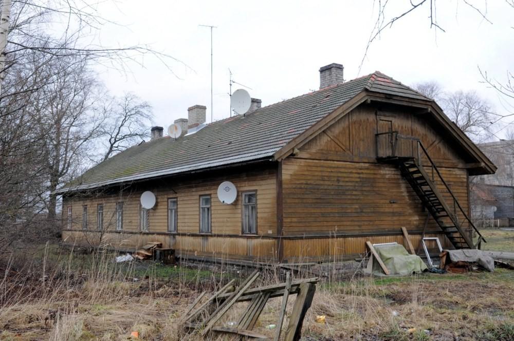 Raudteetööliste elamu nr 1 Tõnis Padu foto 2009