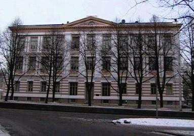 Tallinna Peetri Reaalkooli hoone, 1881-1884.a.
