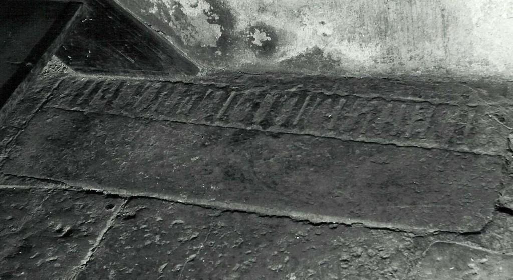 Hauaplaadi detail. 14/15. saj. (paas). Foto: MKA arhiiv 1970/80