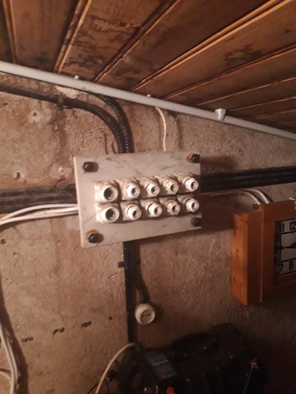 Osa ajaloolisest elektrisüsteemist. Foto Linda Lainvoo