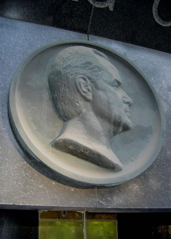 """Mälestusmärk """"Georg Ots"""". A. Kaasik, I. Volkov, 1980 (pronks) Foto: Sirje Simson 15.06.2006"""