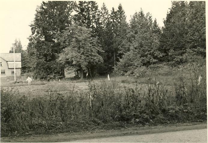 Maa-alune kalmistu. Foto: A. Sillasoo, 30.06.1976.