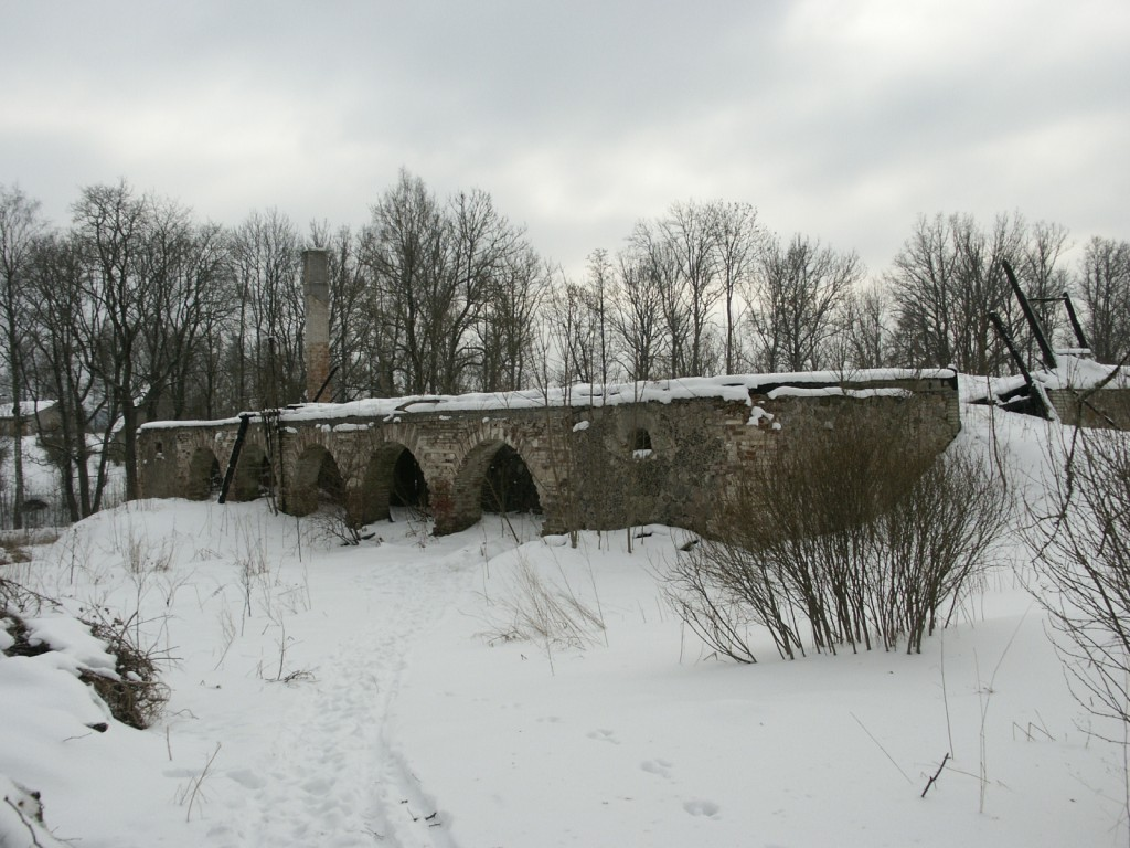 Aakre mõisa aida vare    Autor Eduard Rajari    Kuupäev  21.02.2005