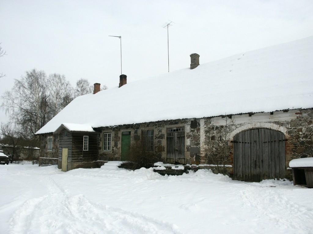 Aakre mõisa teenijatemaja 2    Autor Eduard Rajari    Kuupäev  21.02.2005
