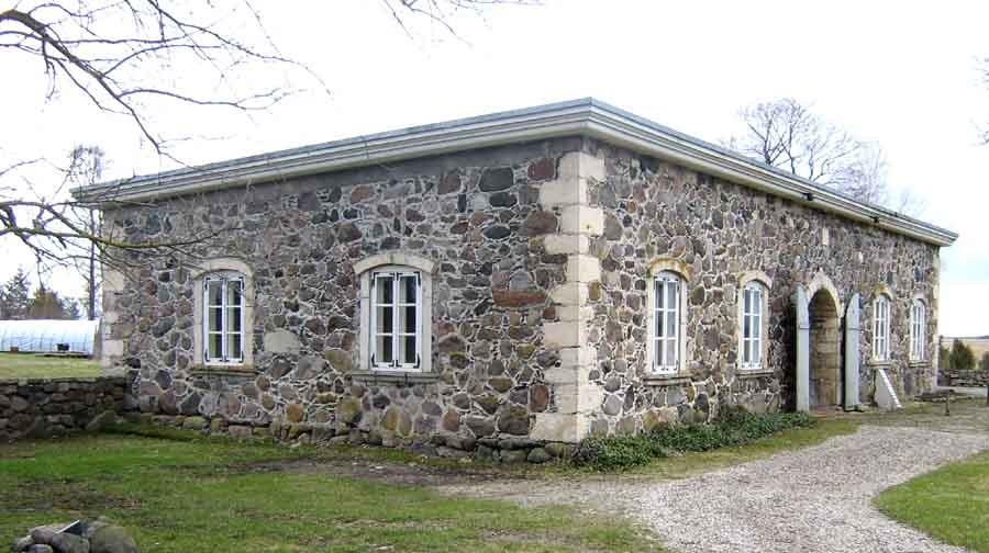 Üldvaade puutöökojale põhja poollt. Foto: M.Koppel, 2010