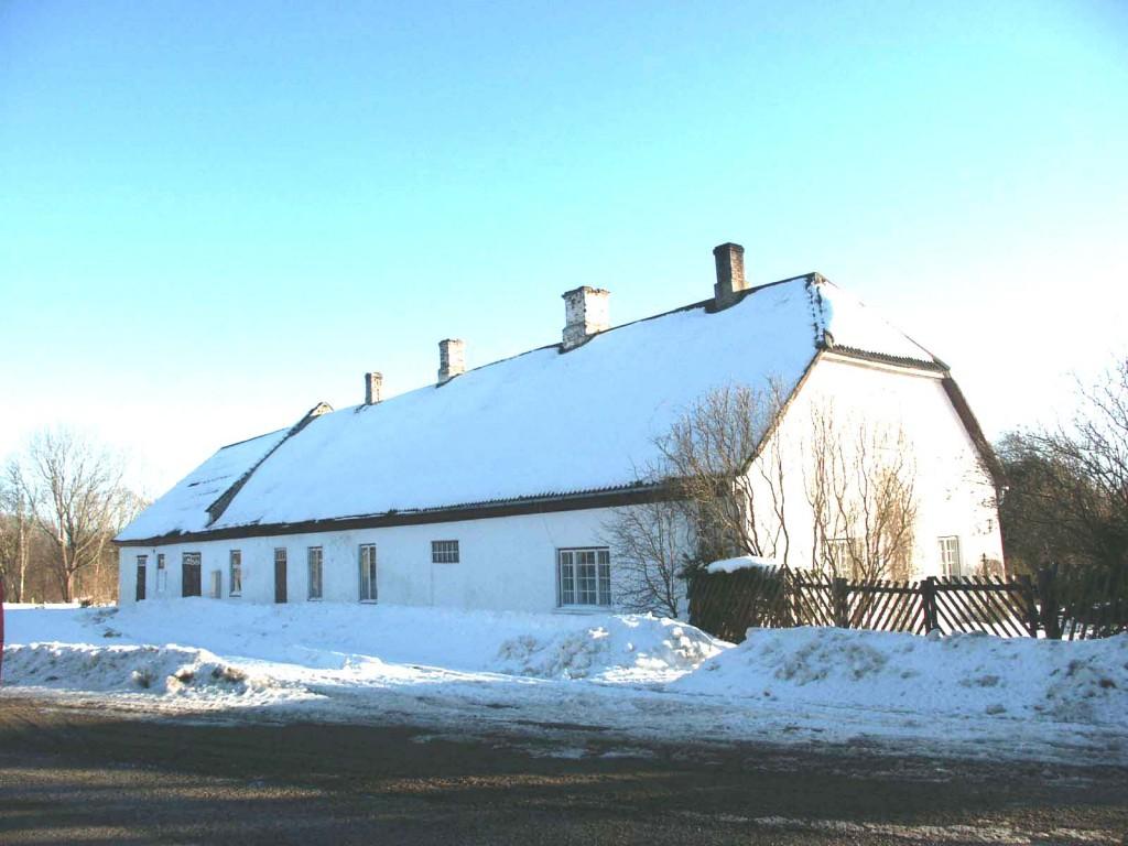 Kuigatsi mõisa moonakatemaja-kuivati    Autor Eduard Rajari    Kuupäev  22.03.2005