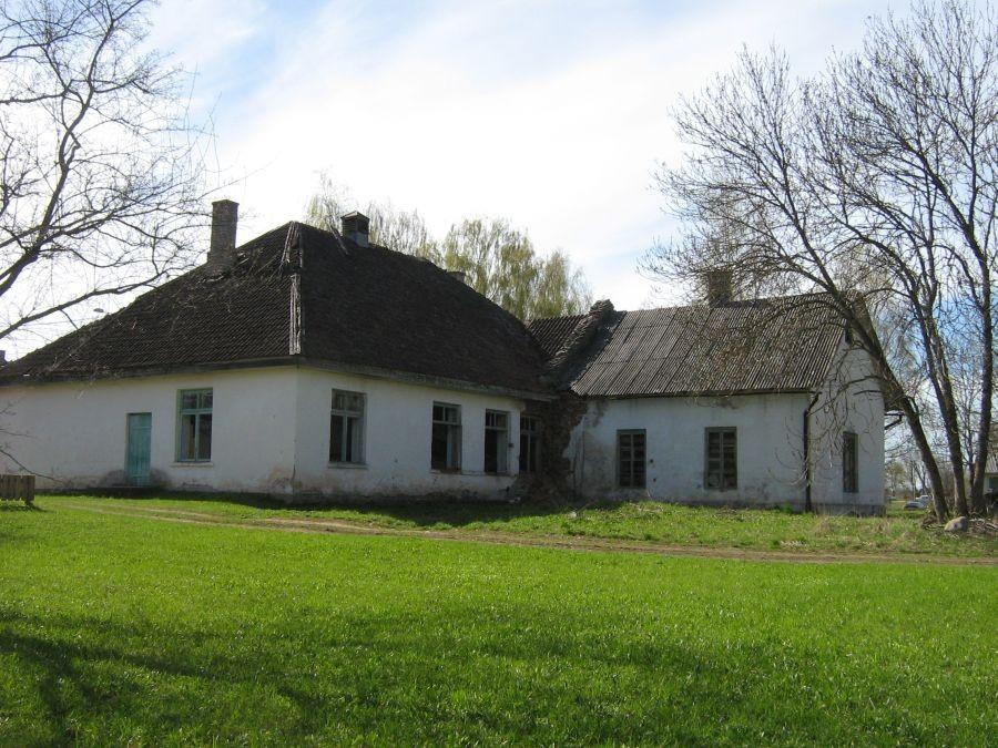 Uue-Suislepa mõisa meierei Foto Anne Kivi 03.05.2010