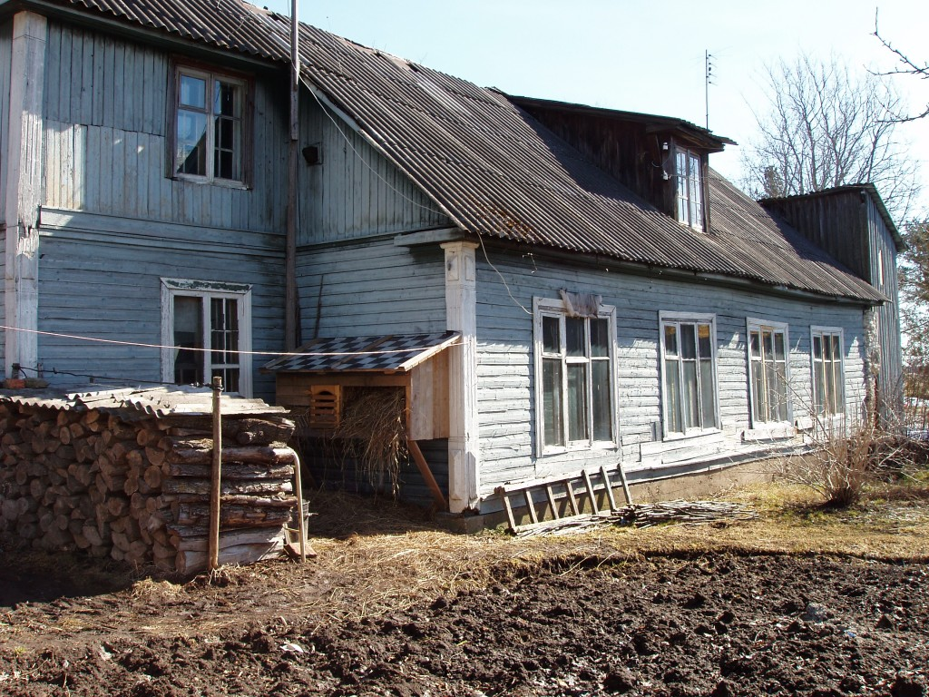 Imastu mõisa aednikumaja    Autor M. Raudvassar    Kuupäev  04.03.2005
