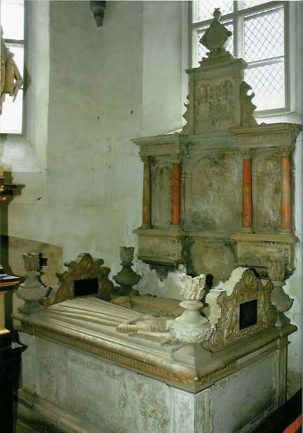 P. De la Gardie ja S. Gyllenhielmi hauamonument. A. Passer, 1593 (dolomiit, marmor, kullatis). Foto: repro