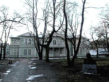 Elamu, 19. saj. lõpp, kus aastail 1931-1940 elas Anton Hansen-Tammsaare