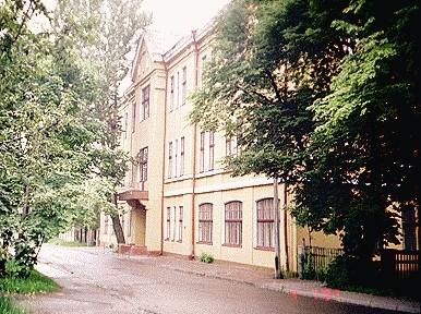 Bekkeri laevatehase haldushoone, 1912-1914