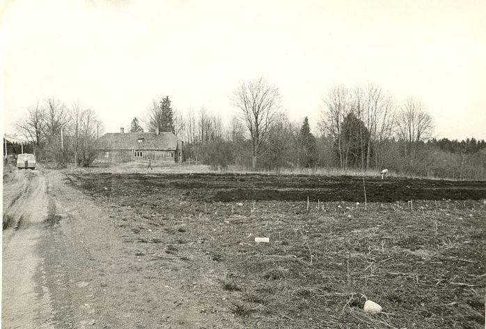 Asulakoht. Foto: O. Kõll, 13.05.1980.