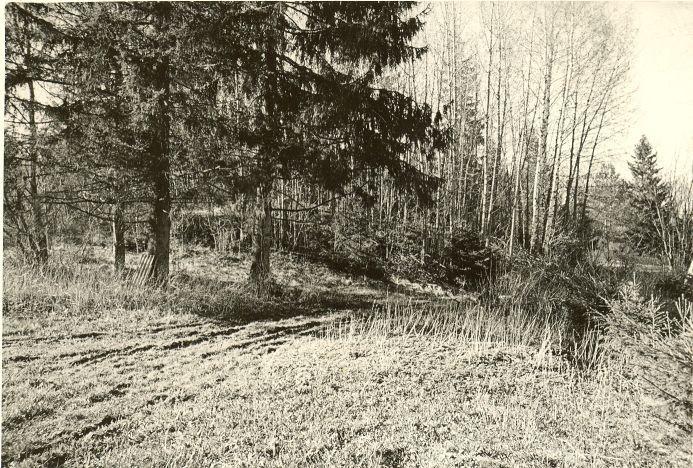 Maa-alune kalmistu. Foto: O. Kõll, 14.05.1980.