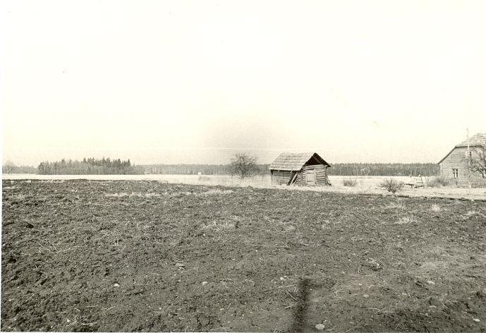 Asulakoht. Foto: O. Kõll, 28.04.1980.