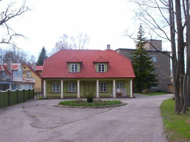 Peahoone    Autor Tarvi Sits    Kuupäev  09.05.2005
