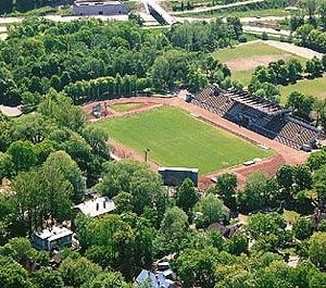 Kadrioru staadioni tribüün, 1936-1937.a.