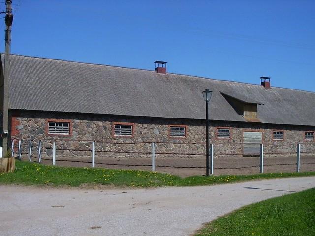 Vaade tall nr 2 poolt.    Autor Ulla Kadakas    Kuupäev  24.05.2005