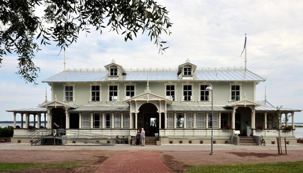 Haapsalu kuursaal pärast remonti Autor Tõnis Padu 12. august 2010