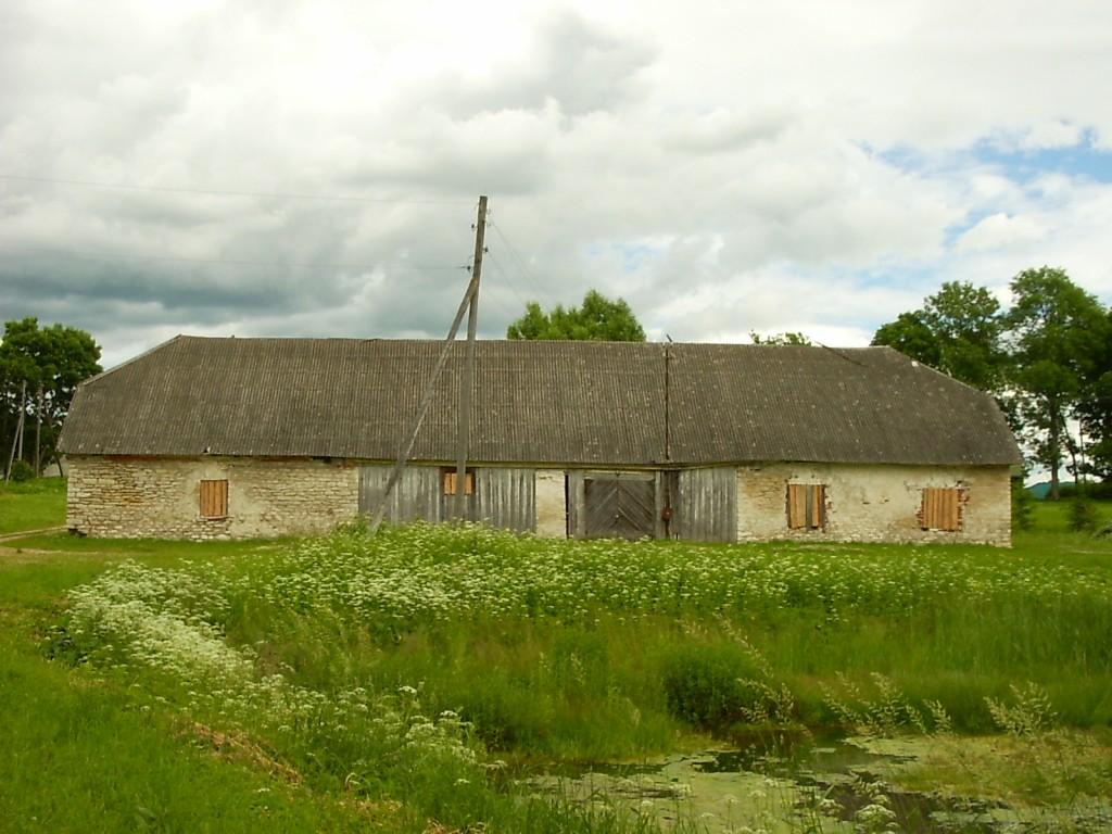 Kiltsi mõisa hobusetall  Autor Anne Kaldam  Kuupäev  28.06.2005