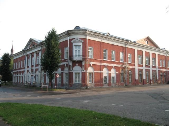 Narva gümnaasiumi hoone, 19.saj. Autor Tõnis Taavet, 18.08.2010.