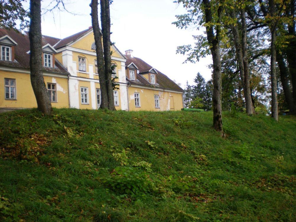 terrassid peahoone taga foto Riina Pau 30.09.2010