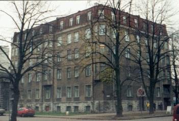 Maja, kus aastail 1938-1970 elas Andres Särev ja 1920 - 1930 Jaan Soots