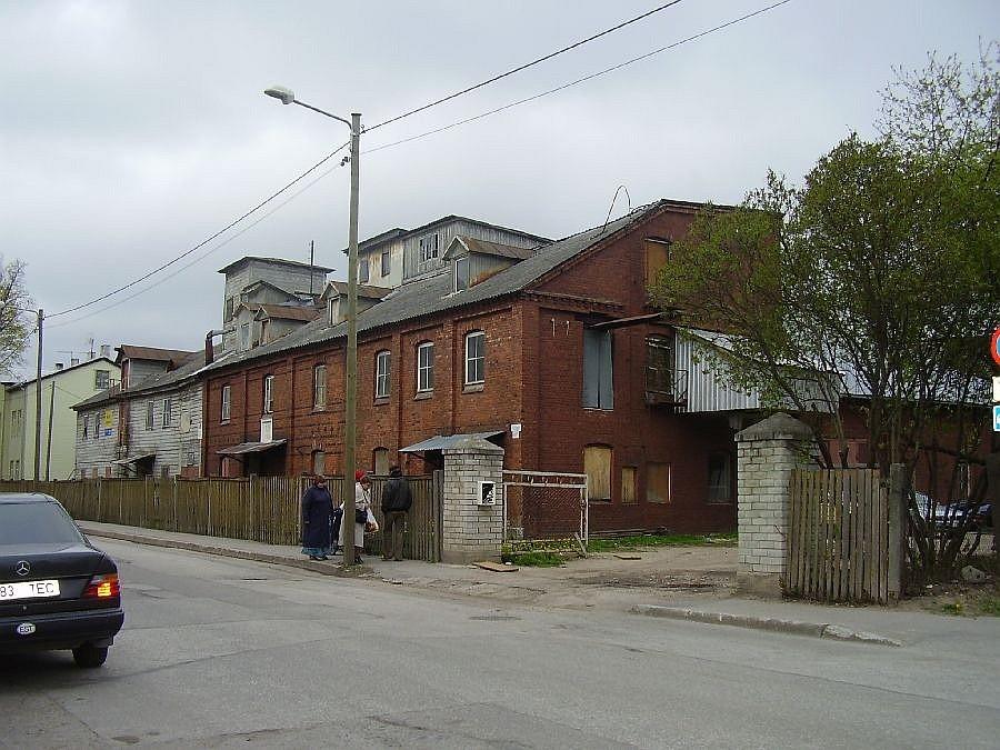 Tiigi 61a tänava poolt 08.05.2007