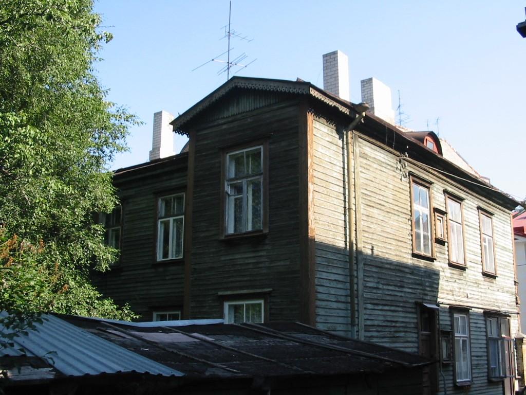 Tatari tn 32, vaade lõunast 13.07.05