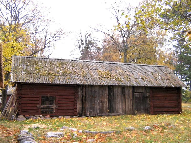 Kaarli talu heinakuur :  vaade lõunast,  Kuupäev  22.10.2010