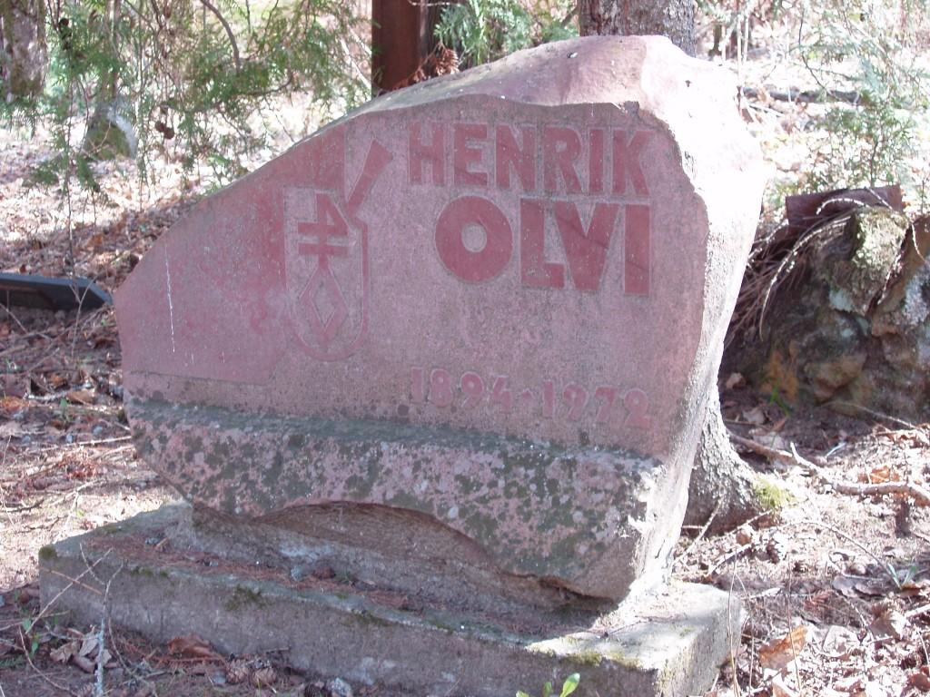 Henrik Olvi (1894-1972) haud, reg. nr 5756. Foto: I. Raudvassar, kuupäev 29.04.2005