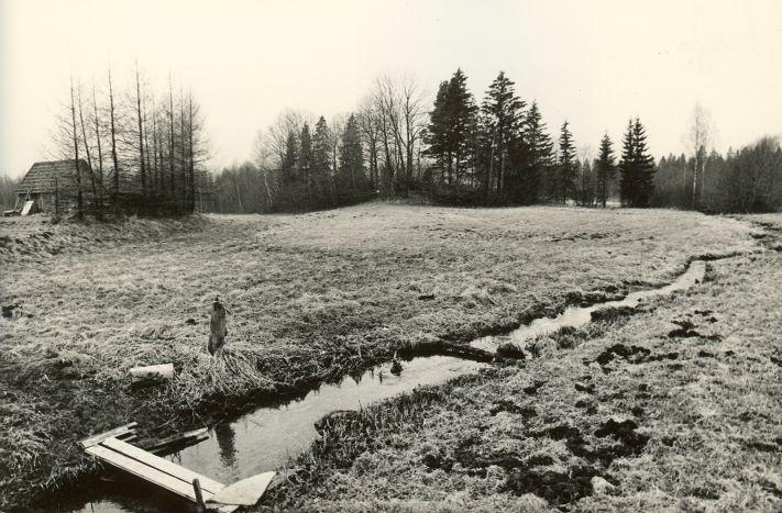 Maa-alune kalmistu. Foto: M. Pakler, 25.04.1979.